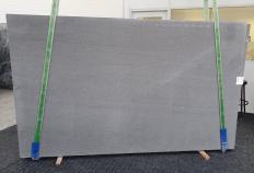 Fornitura lastre grezze levigate 3 cm in basalto naturale BASALTINA 1307. Dettaglio immagine fotografie
