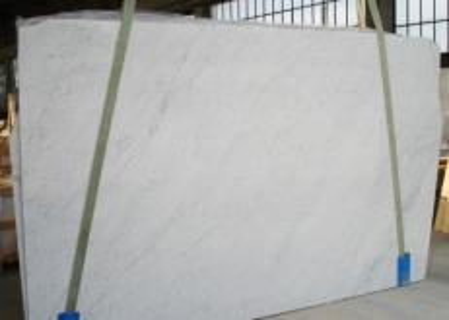 Fornitura lastre grezze levigate 2 cm in marmo naturale BIANCO CARRARA C 2274. Dettaglio immagine fotografie