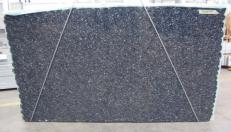 Fornitura lastre grezze lucide 3 cm in labradorite naturale BLUE PEARL GT C-15970. Dettaglio immagine fotografie