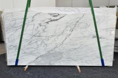 Fornitura lastre grezze lucide 2 cm in marmo naturale CALACATTA CARRARA 1358. Dettaglio immagine fotografie