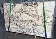 Fornitura lastre grezze lucide 2 cm in marmo naturale CALACATTA VIOLA 1291. Dettaglio immagine fotografie