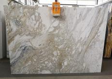Fornitura lastre grezze lucide 2 cm in marmo naturale GOLDEN CALACATTA U0403A. Dettaglio immagine fotografie