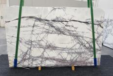 Fornitura lastre lucide 2 cm in marmo naturale LILAC 1260. Dettaglio immagine fotografie