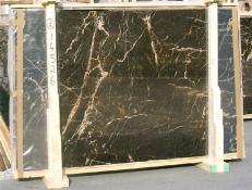 Fornitura lastre grezze lucide 2 cm in marmo naturale NOIR SAINT LAURENT E-14526. Dettaglio immagine fotografie