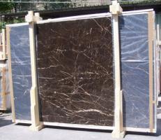 Fornitura lastre grezze lucide 2 cm in marmo naturale NOIR SAINT LAURENT E-NSL14745. Dettaglio immagine fotografie