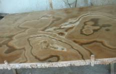 Fornitura lastre grezze lucide 2 cm in onice naturale ONYX CAPPUCCINO EM_0411. Dettaglio immagine fotografie
