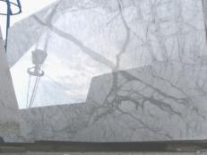 Fornitura lastre grezze lucide 2 cm in marmo naturale STATUARIETTO E-O414. Dettaglio immagine fotografie