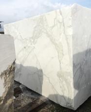 CALACATTA ORO EXTRA Fornitura (Italia) di blocchi grezzi in marmo naturale 2628 , Face A