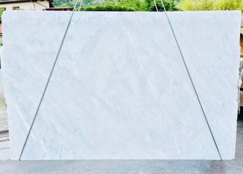 BIANCO CARRARA C Suministro (Italia) de planchas ásperas en mármol natural D210930 , Bnd07