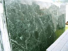 Fornitura lastre grezze lucide 2 cm in marmo naturale VERDE RAMEGGIATO SRC25122. Dettaglio immagine fotografie