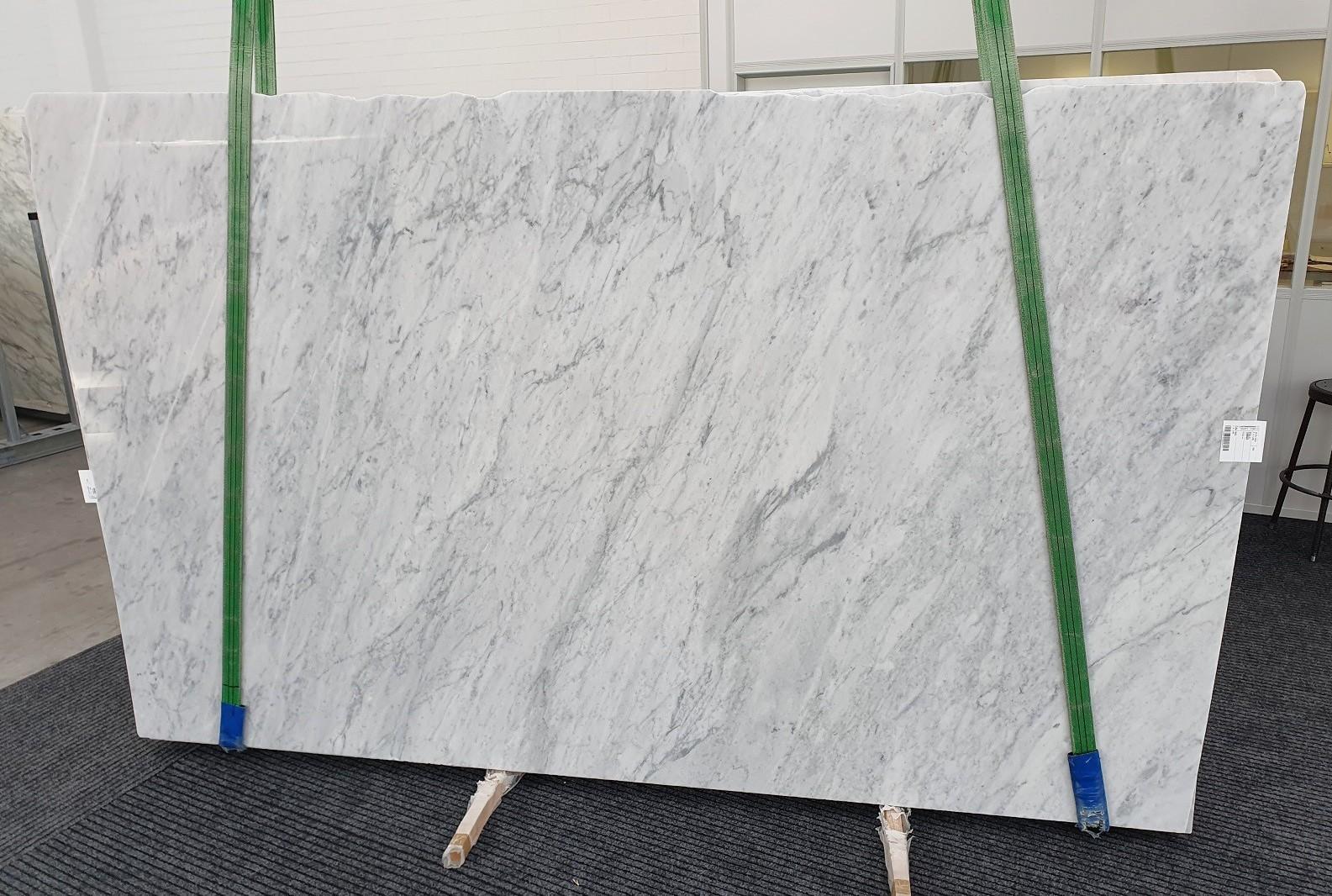 CARRARA Fornitura Veneto (Italia) di lastre grezze lucide in marmo naturale 1240 , Slab #02