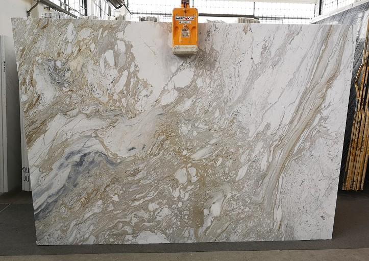 GOLDEN CALACATTA Fornitura Veneto (Italia) di lastre grezze lucide in marmo naturale U0403A , SL2CM
