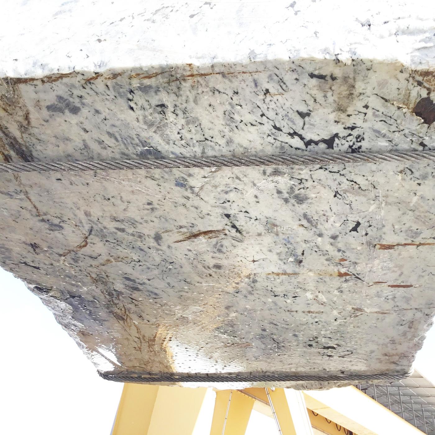 LABRADORITE BIANCA Fornitura Verona (Italia) di blocchi grezzi in labradorite naturale GL D190308 , Face B