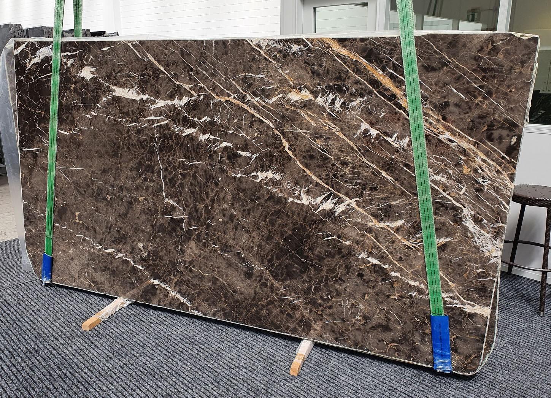 MARRON IRIS Fornitura Veneto (Italia) di lastre grezze lucide in marmo naturale 1404 , Slab #18