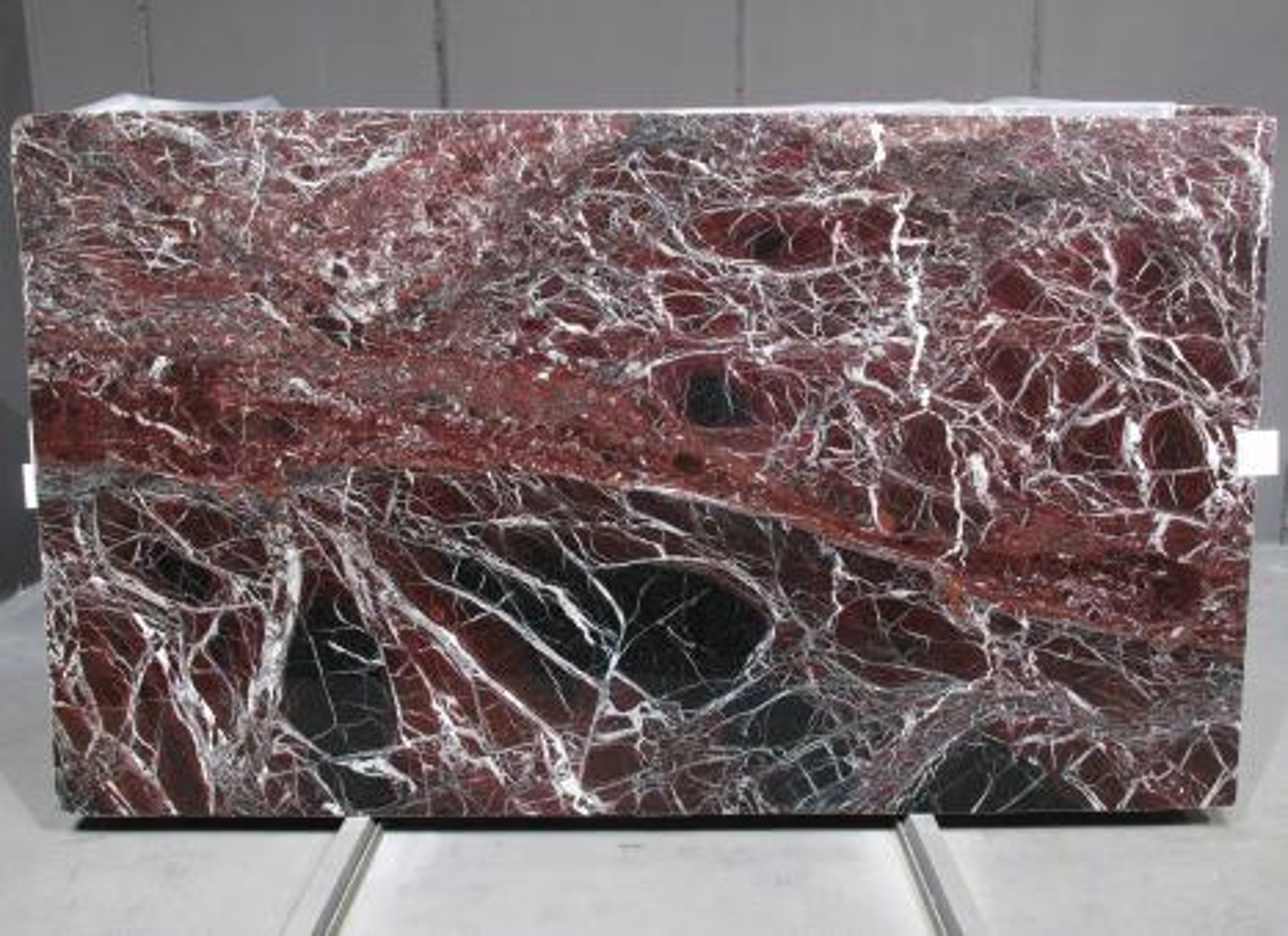 ROSSO LEVANTO Fornitura Veneto (Italia) di lastre grezze lucide in marmo naturale 1712M , SL2CM