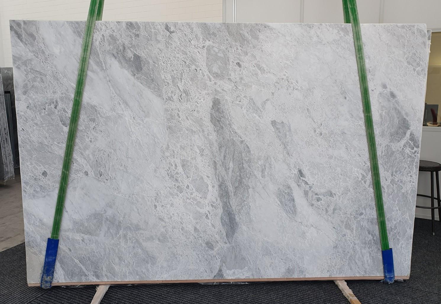 TRAMBISERA Fornitura Veneto (Italia) di lastre grezze lucide in marmo naturale 12931 , Bnd01-Slb08