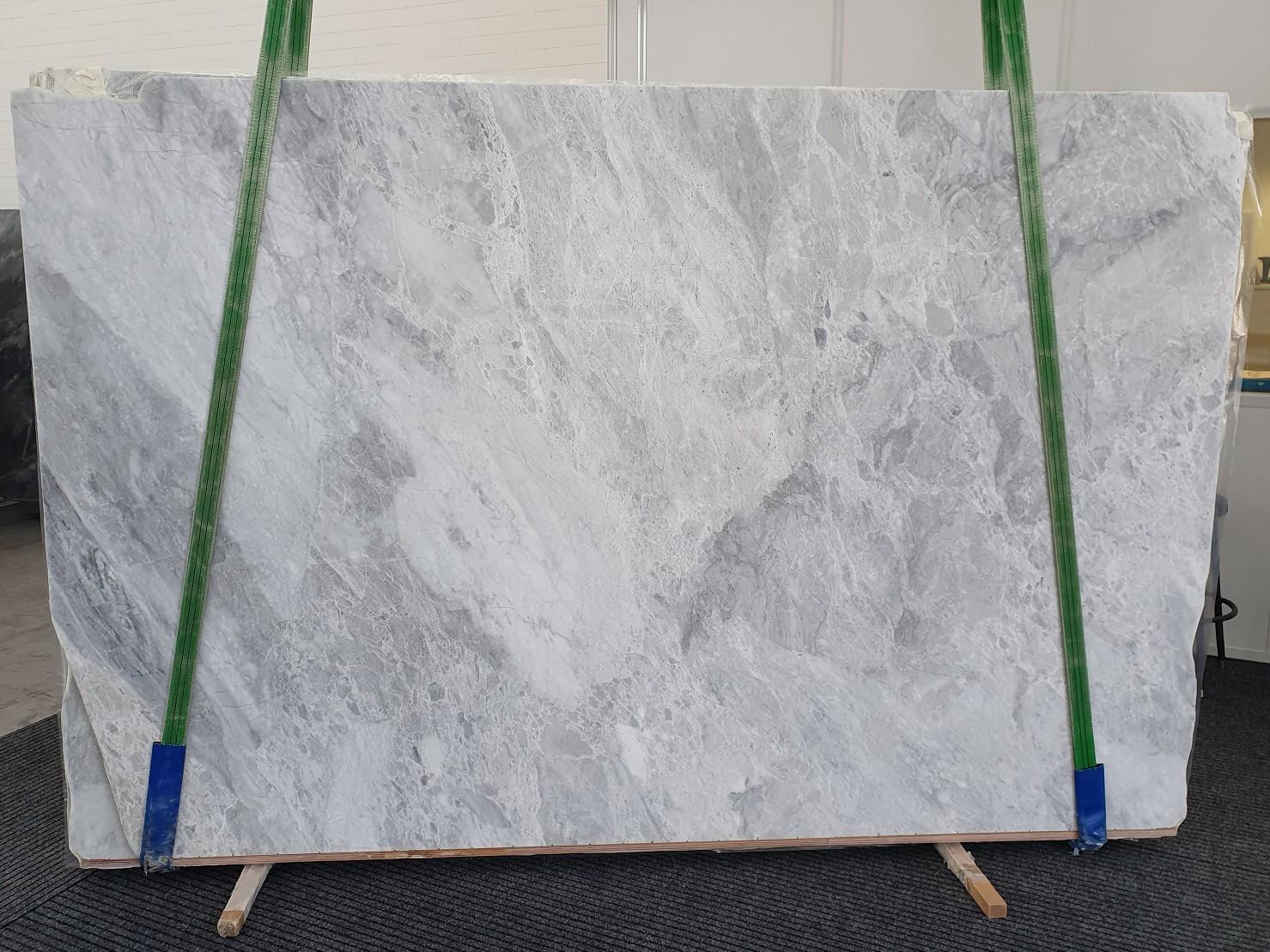 TRAMBISERA Fornitura Veneto (Italia) di lastre grezze lucide in marmo naturale 12931 , Bnd04-Slb31