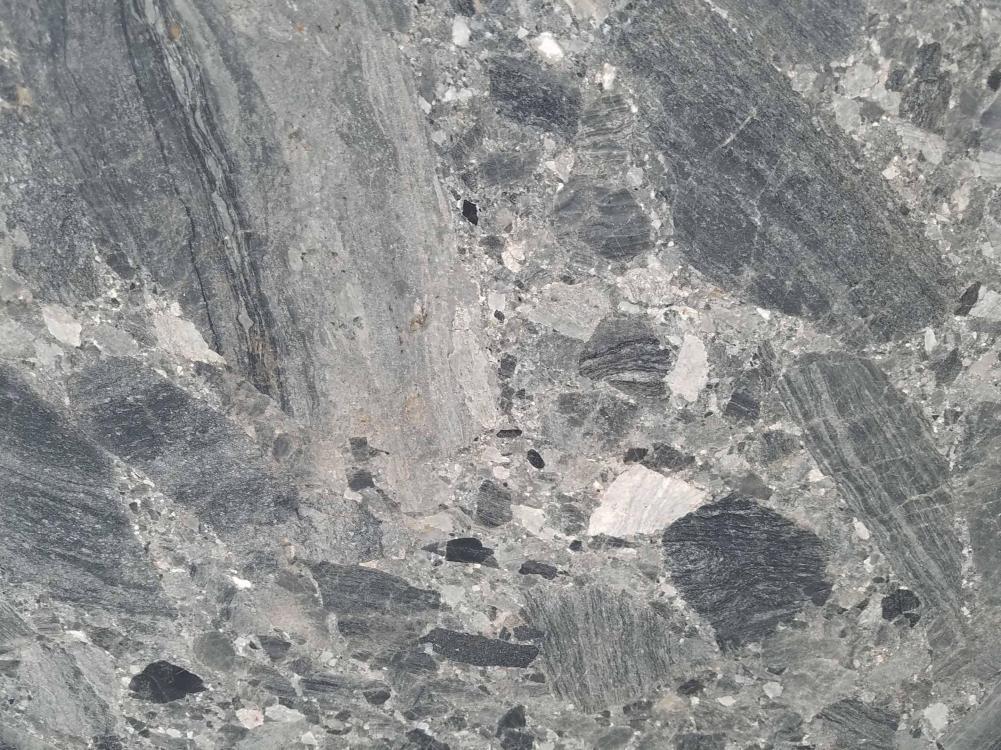 Scheda tecnica: CEPPO SCURO, marmo naturale levigato albanese